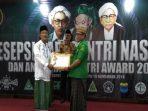 Bikin Baper, Kisah Husnul, Sosok Peraih Santri Award 2018