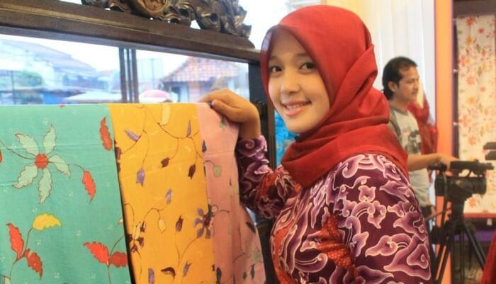 Ijtihad Ekonomi Santri Batik Ciwaringin
