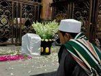 Ketika Adab Melambungkan Derajat Syaikhona Kholil Bangkalan