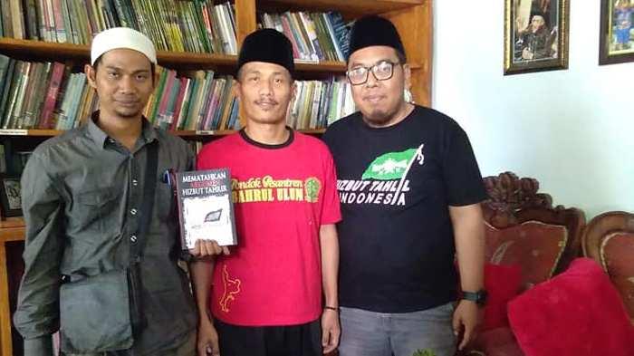 Cerita Mantan HTI yang Kini Aktif di Lesbumi PCNU Surabaya