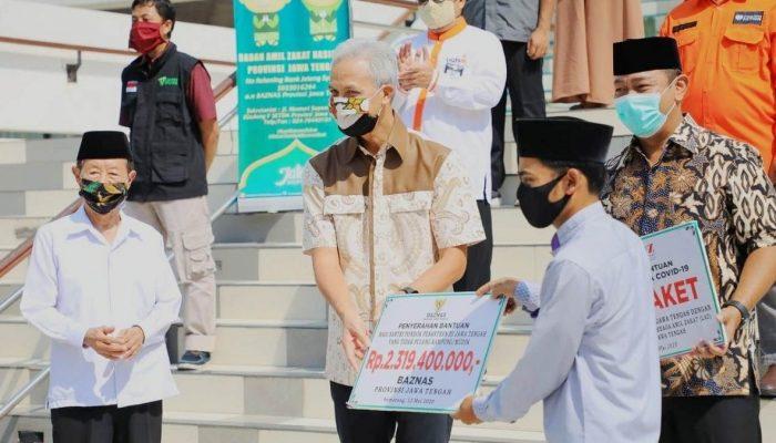 Puluhan Ribu Santri di Jawa Tengah Dapat Bantuan Logistik dari Gubernur Jateng